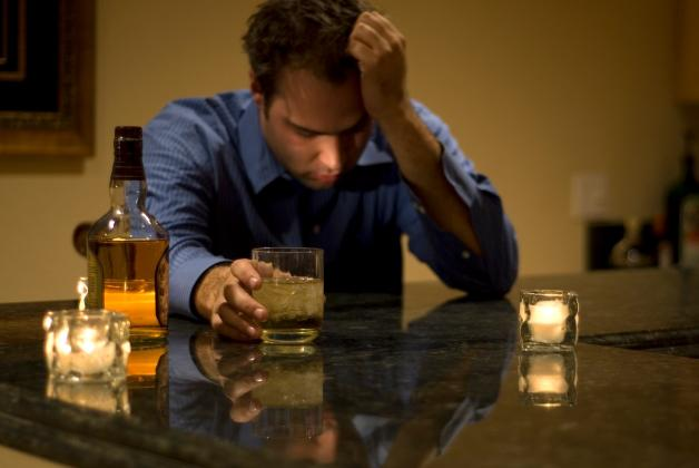 alcohol-hombre-getty-770